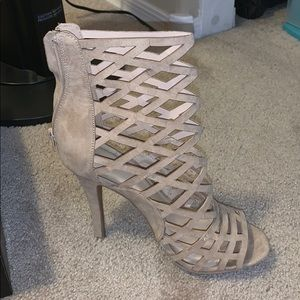Windsor nude heel